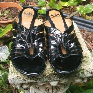 SOFFT BLACK PATENT WEDGE